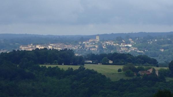 GB vue du gîte proche des châteaux et de Lascaux en Dordogne