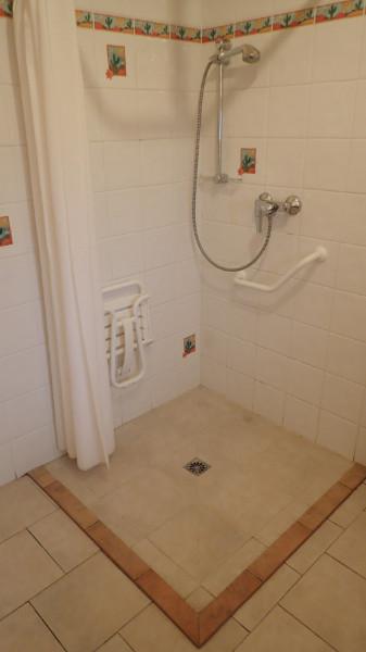 gite avec salle de bains à accès handicapé en Dordogne